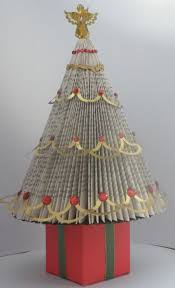 book folded christmas tree holida craftsy pinterest