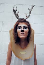 Deer Halloween Costume Women Diy Halloween Taxidermy Deer Costume Diyhalloweencrafts