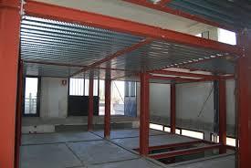 strutture in ferro per capannoni usate stalle prefabbricate in toscana