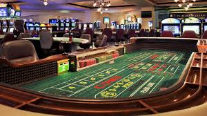 Crap Table For Sale Craps Basics The Table How Craps Works Howstuffworks