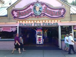 balloon buster carnival style prize merchandiser laigames com