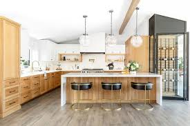 kitchen cabinets with white quartz countertops golden oak kitchen cabinets with white quartz countertop