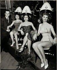 old fashinoned hairdressers and there salon potos best 25 vintage hairdresser ideas on pinterest barber shop