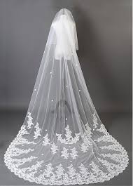 beautiful ivory tulle flower wedding cathedral veil with lace