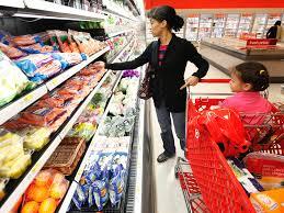100 is kroger open thanksgiving target focuses on grocery