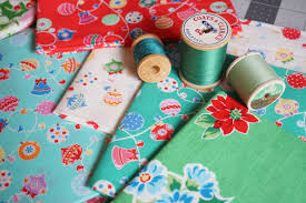 Holiday Table Runners by Holiday Table Runner Tutorial Quilting In The Rain