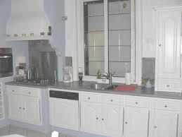 relooker une cuisine rustique en moderne rnover une cuisine rustique les meubles cuisine repeinte eleonore
