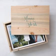 photo album box album wooden box from http hannahblackmoreweddings