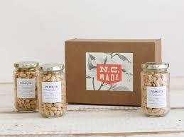 food gift boxes carolina peanuts box carolina gourmet food gift box