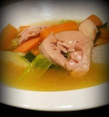 la m馘ecine passe par la cuisine pot au feu au foie gras poché une recette légère et simple pour les