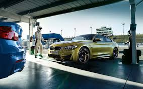bmw slammed bmw m4 has wheels stolen overnight may appear slammed autoevolution