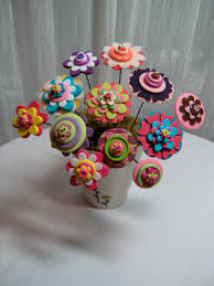 button flowers button flower bouquet button flowers whimsical and felting