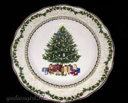 Spode Christmas Tree Santa Cookie Jar by Noble Excellence Holly Tree Dinner Plate Christmas Tree