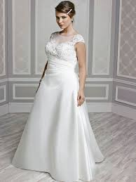 wedding dress hire glasgow femme by kenneth winston style 3381 gorgeous gowns for our curvy