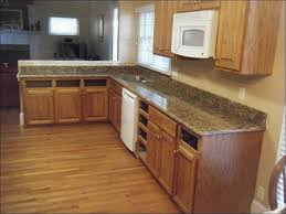 Granite Countertops And Cabinet Combinations Kitchen Cabinet Colors With Black Countertop Black Countertop