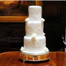 classic wedding cakes vintage and retro wedding cake designs