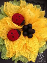 Sunflower Mesh Wreath Sunflower Ladybug Wreath 2016 Trendy Tree Blog Holiday Decor