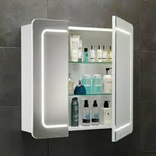 spiegelschränke für badezimmer weißer spiegelschrank für badezimmer badezimmer
