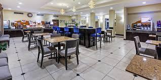 holiday inn express u0026 suites houston dwtn conv ctr hotel by ihg