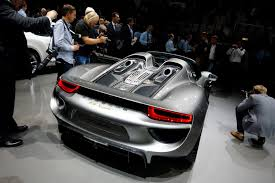 Porsche 918 Limited Edition - porsche releases a limited edition hybrid architectural digest
