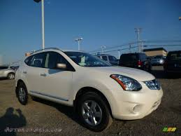 black nissan rogue 2014 2014 nissan rogue select s awd in pearl white 702695 autos of