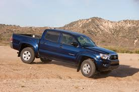 2013 toyota tacoma reviews and rating motor trend