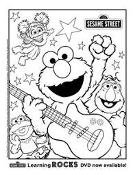elmo playing small ball coloring elmo coloring pages