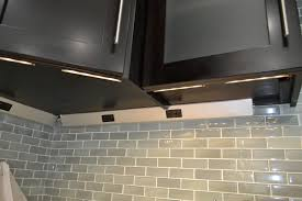 Kitchen Cabinet Outlets by Design Under Cabinet Lighting With Outlets U2013 Lighting Fixtures