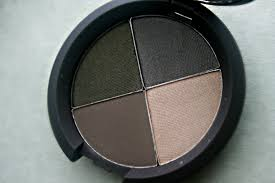 makeup beauty and more becca ultimate eye colour quad in eclipsed