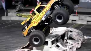 monster truck show 2016 monster truck show puyallup spring fair 2016 youtube