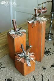 22 superb decorations using pallet wood wooden pumpkins