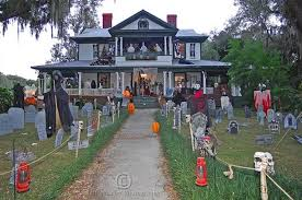 best decorated halloween houses halloween window decoration ideas