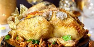 cuisiner une oie pour no la volaille farcie et truffée pour noël recettes femme actuelle