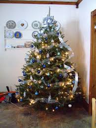 Blue And Silver Christmas Tree - 221 best a blue u0026 silver christmas images on pinterest silver