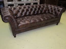 Henredon Settee Henredon Leather Company Button Tufted Brown Hand Rubbed Leather
