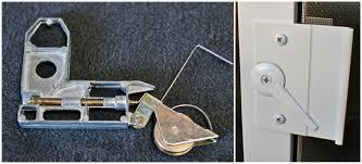 Patio Screen Door Repair Fixing Sliding Screen Door Womenofpower Info