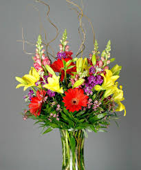 designers u0027 choice garden style flower arrangements