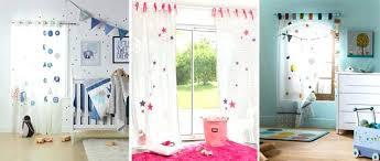 rideau chambre d enfant rideaux pour chambre garcon quel rideau pour une chambre denfant