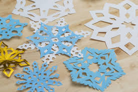 winter craft how to make perfect cutout snowflakes