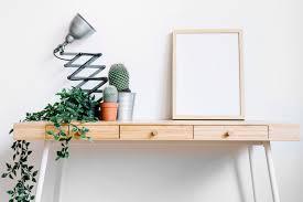 cadre photo bureau cadre et cactus sur le bureau télécharger des photos gratuitement