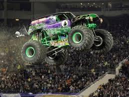 images of grave digger monster truck grave digger driver live up to monster jam legend