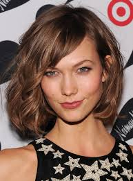 karlie kloss hair color karlie kloss s vibrant walnut the most beautiful hair color