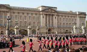 prince charles might not live in buckingham palace as king
