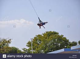 Sox Flags Over Texas Sky Coaster Schaukel Im Hurricane Harbor Waterpark