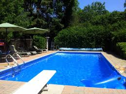 Pools For Backyards by 13 Private Pools To Rent With Your Friends For Super Cheap In The