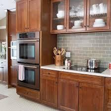 Best  Kitchen Tile Backsplash With Oak Ideas On Pinterest - Kitchen backsplash ideas with dark oak cabinets