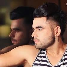hair style of mg punjabi sinher dilpreet dhillon s pic with thar punjab de singers pinterest