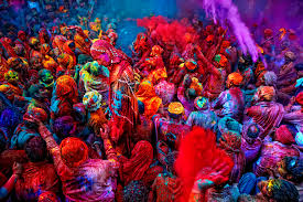 10 places to celebrate the holi festival in india