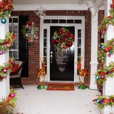 Christmas Decorations For Front Porch by 46 Beautiful Christmas Porch Decorating Ideas U2014 Style Estate