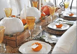 gwen moss simple rustic a pretty thanksgiving tablescape